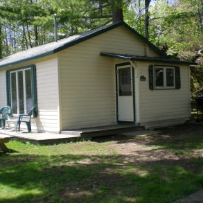 Cottage #11 Red Pine